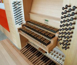 the Housemuseum concert pipe organ